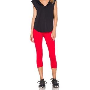 NWT Vimmia Core Capri Pant In Ruby Size XS
